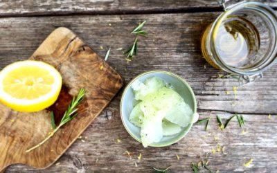 Schnelles Zitronen-Rosmarin Sorbet ohne Zucker